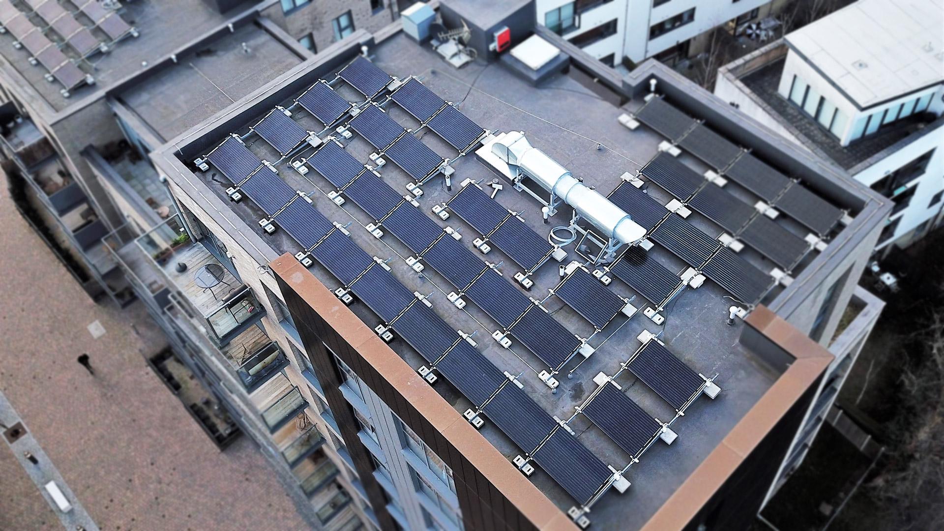 Vue aerienne pour chantier panneau solaire